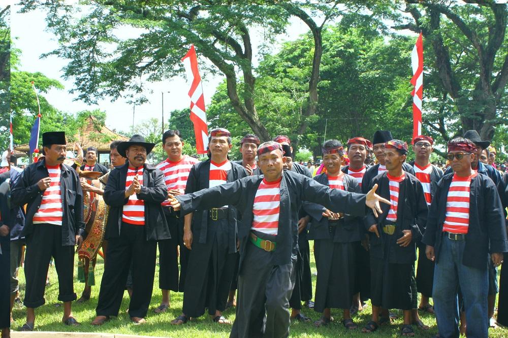Masyarakat Madura Pulau terkenal dengan karakternya yang suka berkelana