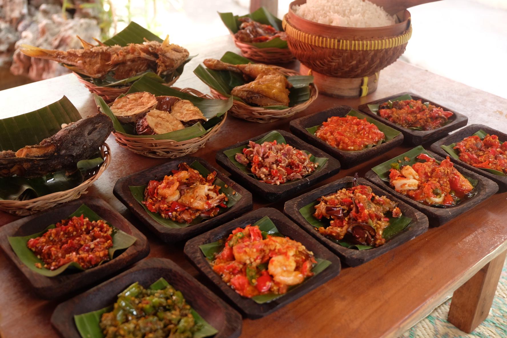Indonesia adalah rumah para sambal (foto: balilumbalumba.com)
