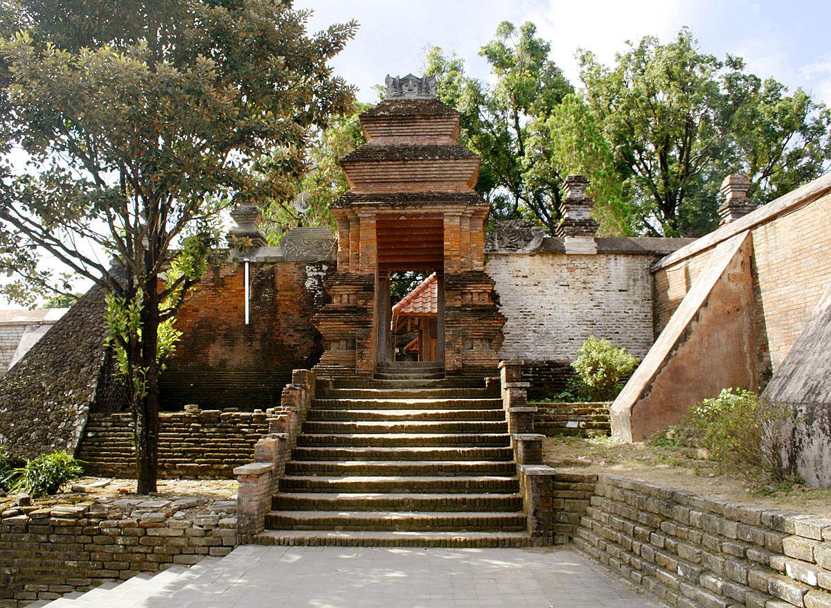 Salah satu peninggalan Kerajaan Mataram (foto: http://poetriedee.blogspot.co.id)