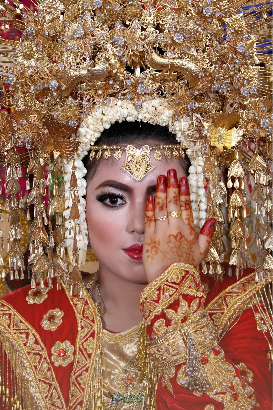 Perempuan Minang disebut juga dengan gadih Minang (foto: fotograferminang)