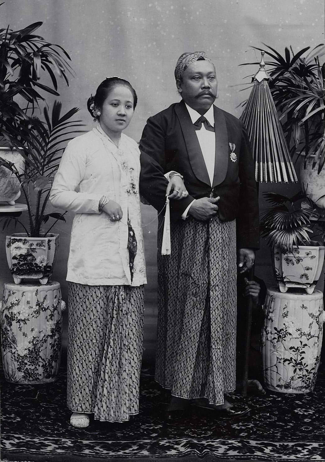 Kartini dan suaminya, K.R.M. Adipati Ario Singgih Djojo Adhiningrat