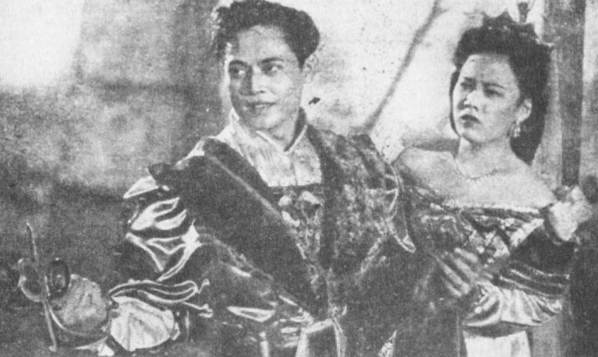 Rd Mochtar dan Netty Herawaty dalam film Rodrigo de Villa
