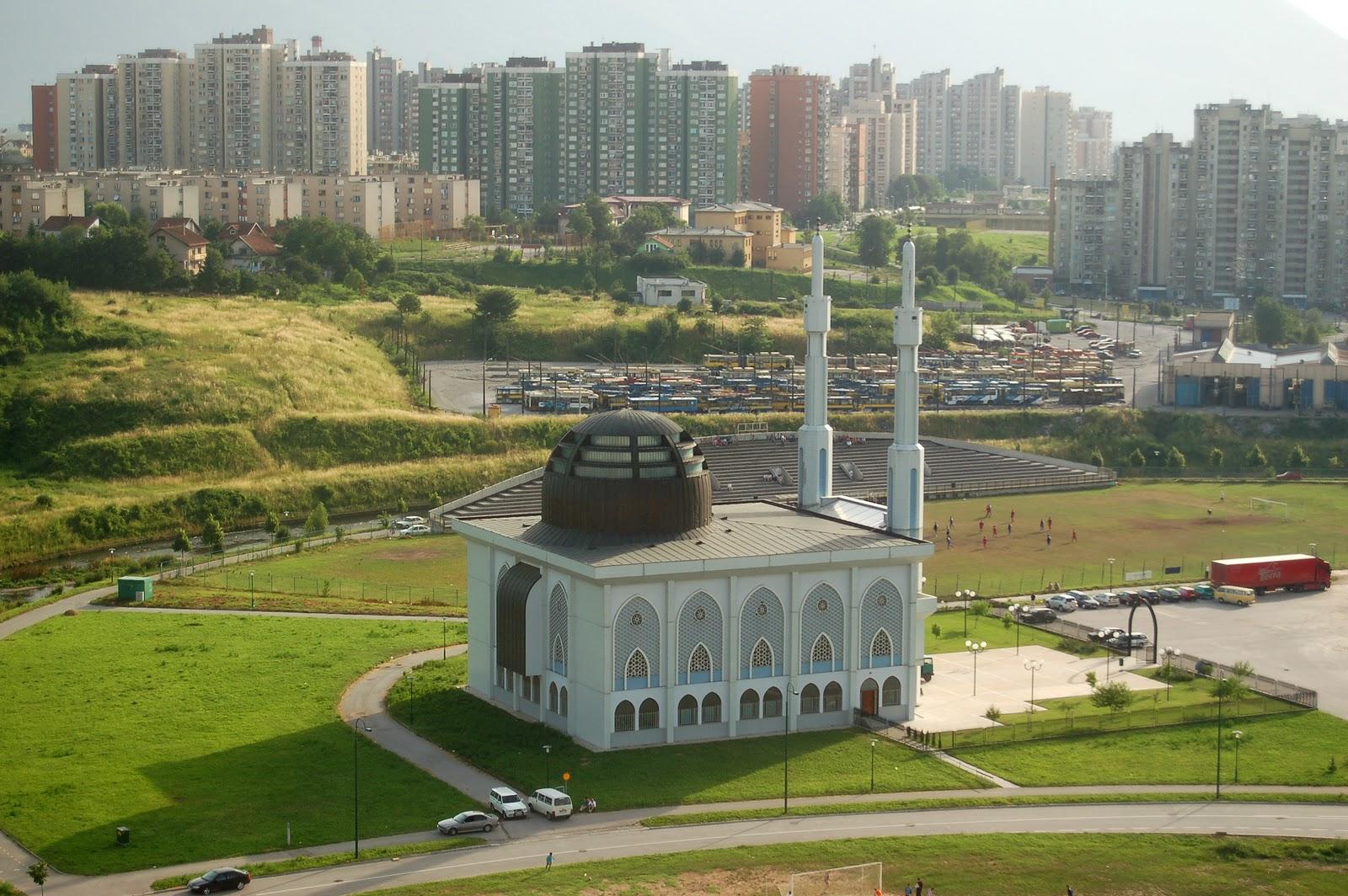 Masjid Istiklal Dzamija, Sarajevo (foto: masjid-photograph.blogspot.com)