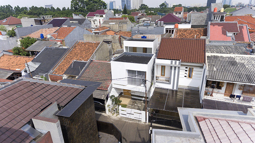 Splow house di jakarta ini juga raih penghargaan arsitektur internasional good news from indonesia Kitchen set di jakarta design center