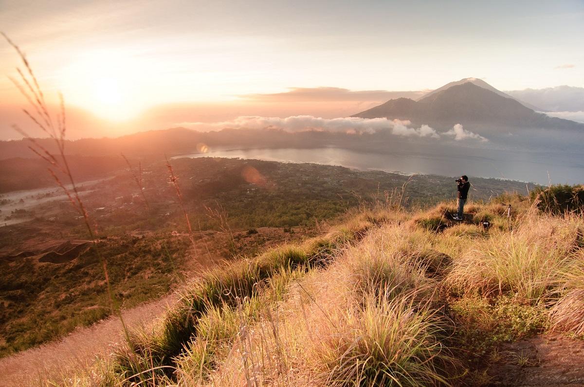 Sepotong matahari pagi di Danau Batur