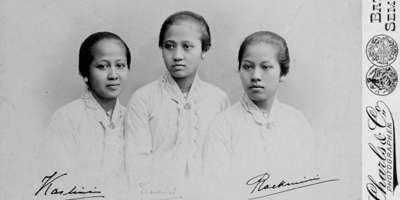 (Kartini dan adiknya, Kardinah dan Roekmini)
