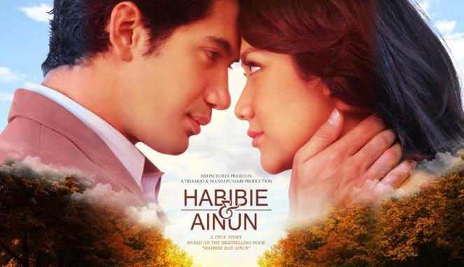 Poster Film Habibie dan Ainun | Gambar : Mediapijar.com