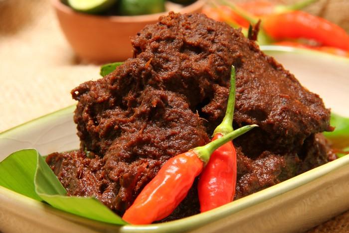 Menyingkap Asal Mula Rendang Kuliner Khas Minangkabau Yang
