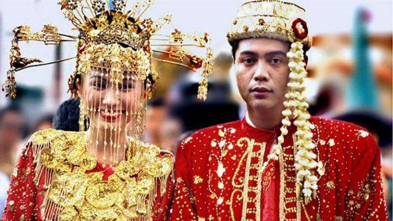 Pakaian pengantin Betawi | Foto: Rumahulin