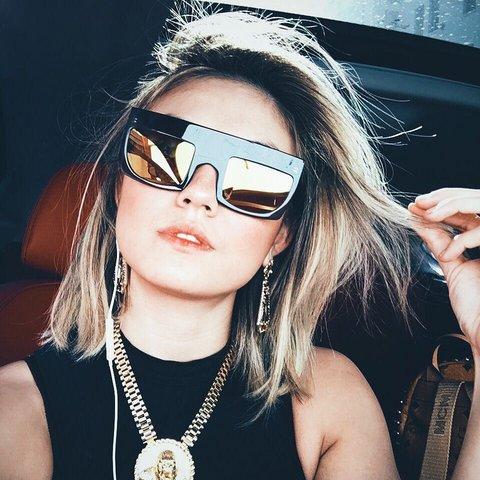 salah satu foto AgnezMo yang ada di artikel Vogue.com