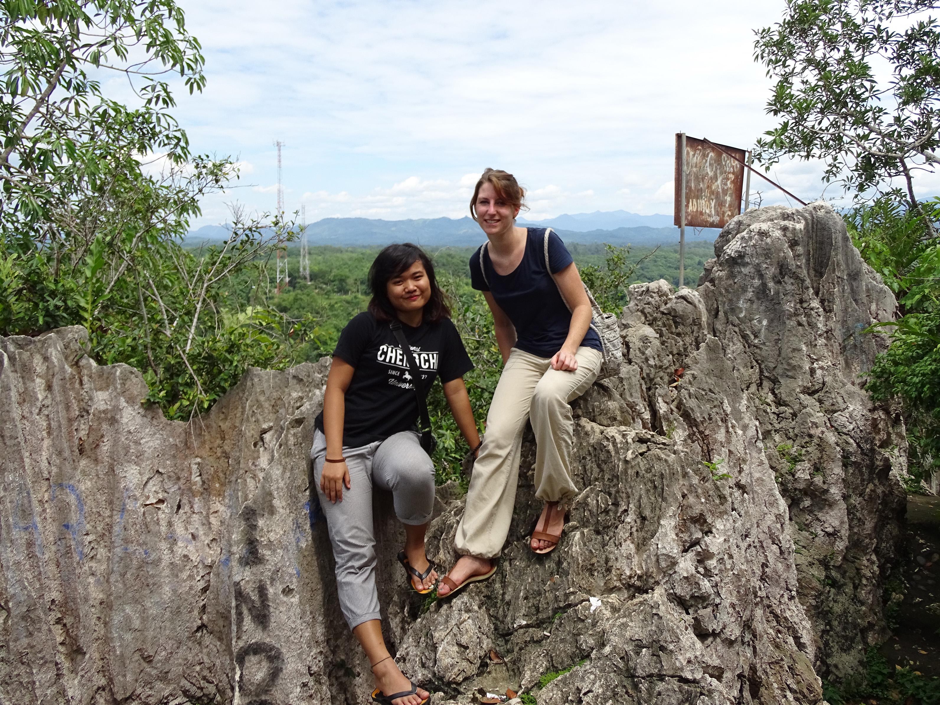 Saya berkesempatan mengajak teman saya untuk bisa berkeliling Indonesia setidaknya ke kampung halaman saya di Banjarmasin sebagai permintaan maaf untuk meremehkan Indonesia. Kecamatan Pagat, Kalimantan Selatan | Foto: Vita Ayu Anggraeni / GNFI