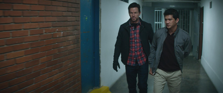 Iko Uwais dan Mark Wahlberg di film Mile 22   Sumber: The Spokesman Review