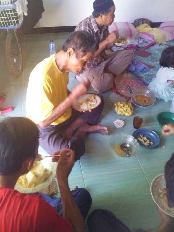 Suasana perayaan Riyoyo kupat di kabupaten Tuban Jawa timur