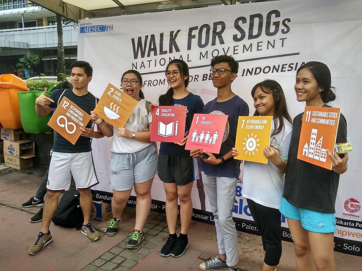 Keseruan Walk For SDGs (Foto: Bagus DR / GNFI)