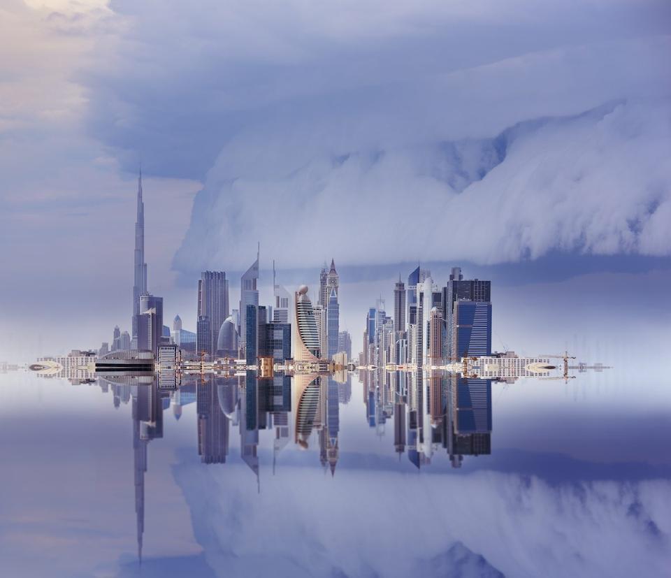 Tampak kota Dubai diterjang badai pasir (Foto: iStock via Forbes)
