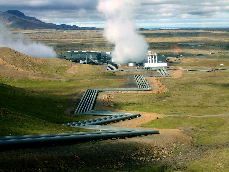 Komplek pembangkit Hellisheidi, Islandia (Foto: 500daysoficeland.com)