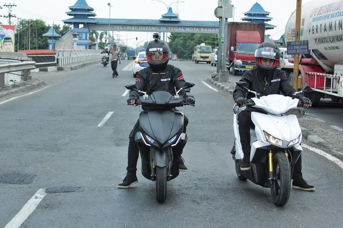 Tampak ketika Gesits mencapai wilayah Tegal, Jawa Tengah (Foto: merdeka.com)