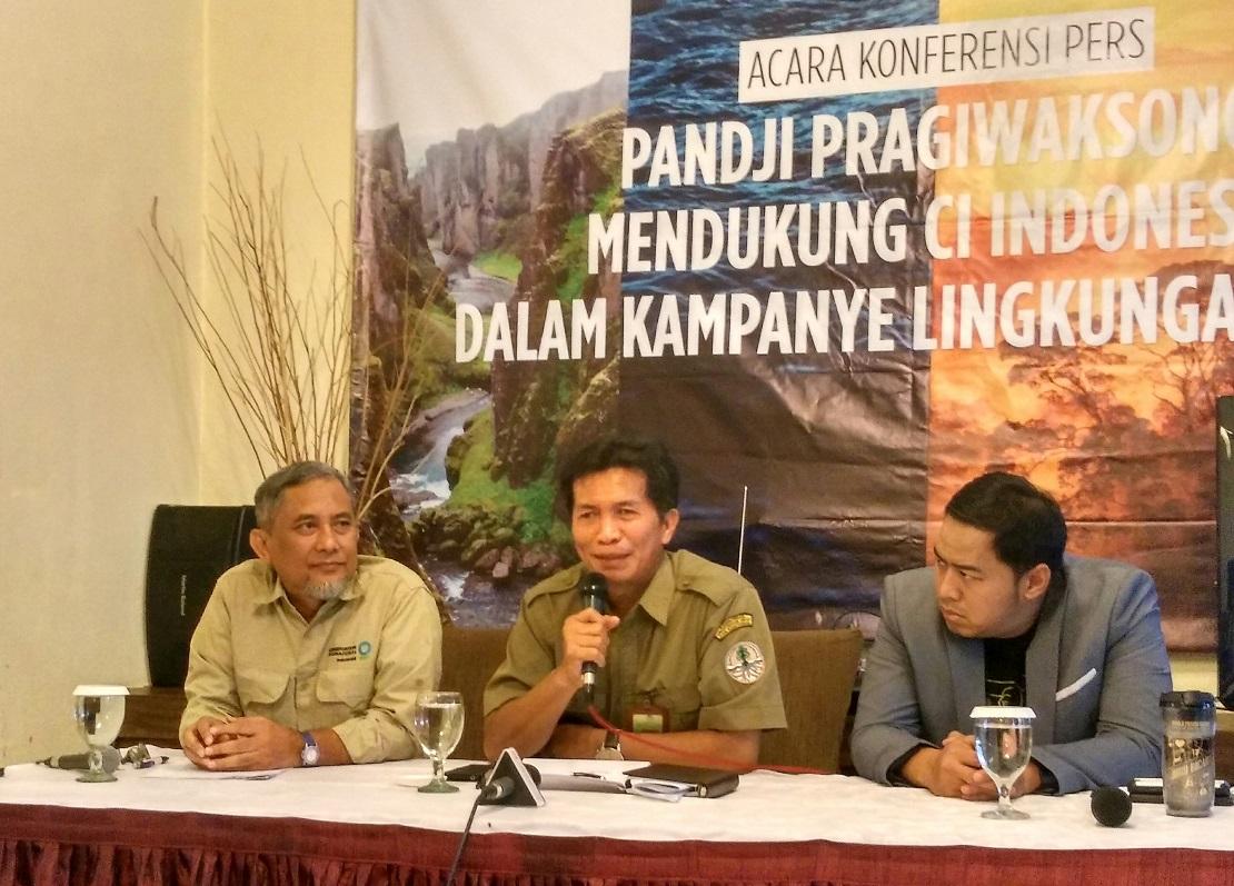 Konferensi pers Pandji Pragiwaksono Dukung Kampanye Lingkungan Hidup Conservation International (CI) Indonesia Lewat Juru Bicara World Tour (Foto: Bagus DR / GNFI)