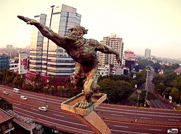 Patung Dirgantara (Foto: suratkabar.id)