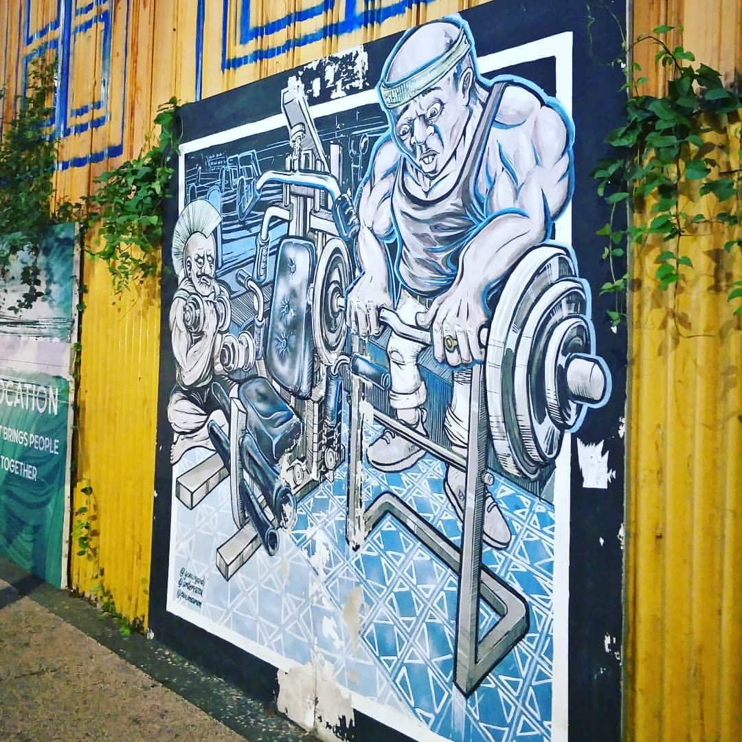 Salah satu mural di Jalan Tunjungan, Surabaya | Sumber: Authgram