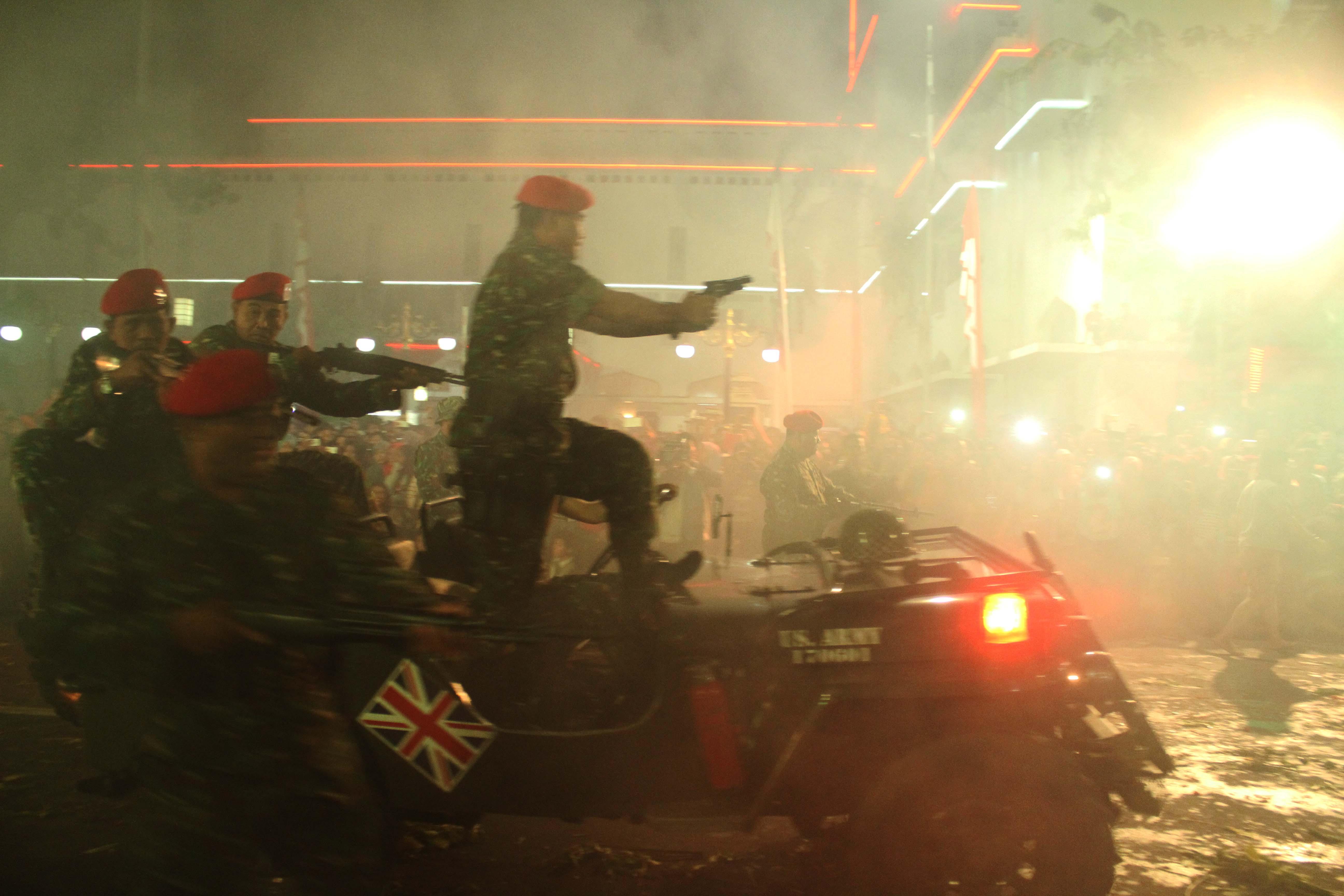 Pasukan Inggris yang menyerang kota Surabaya