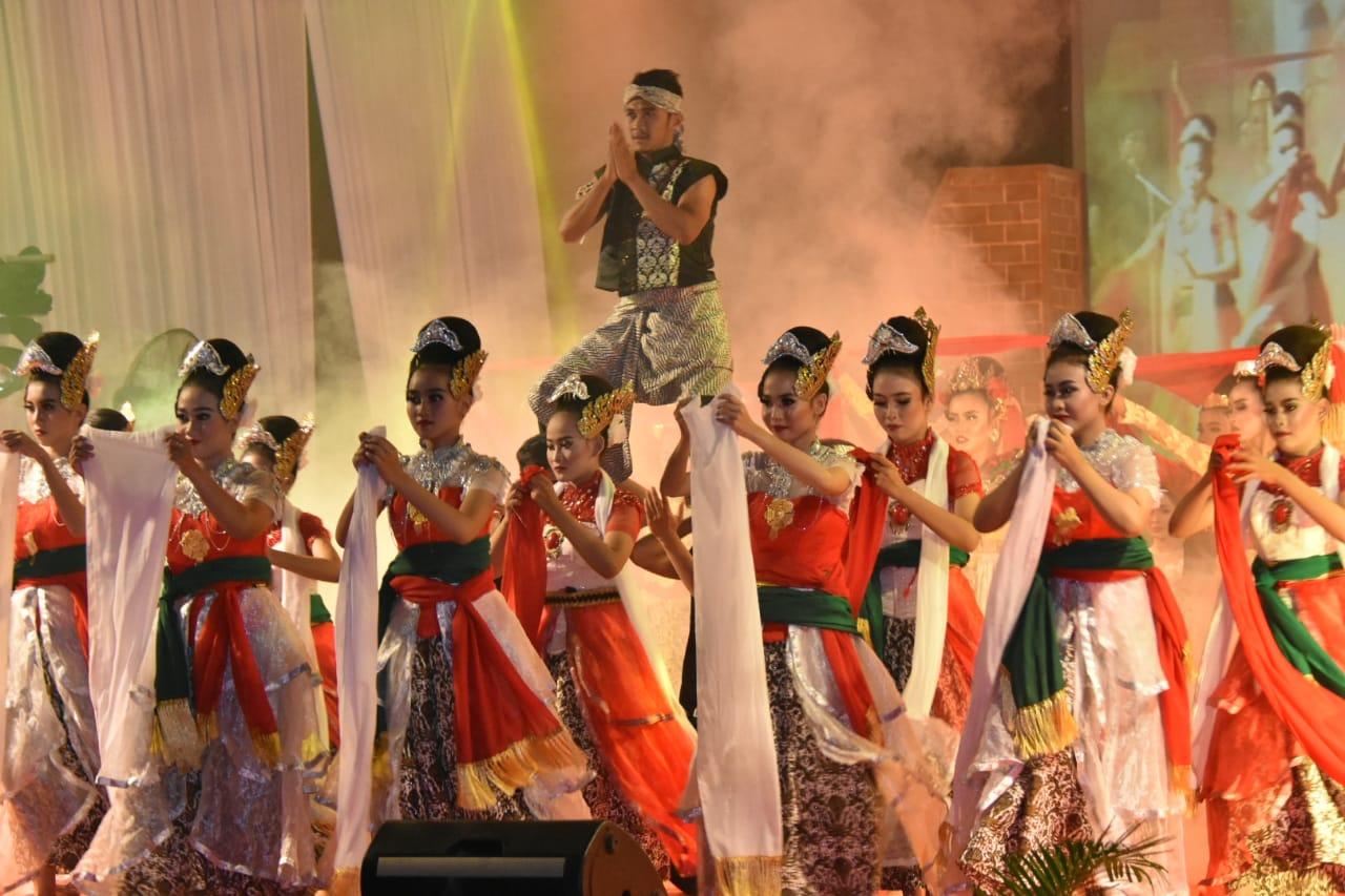 Bentuk apresiasi dalam bentuk festifal Goyang Karawang: Sumber | Sinarpaginews
