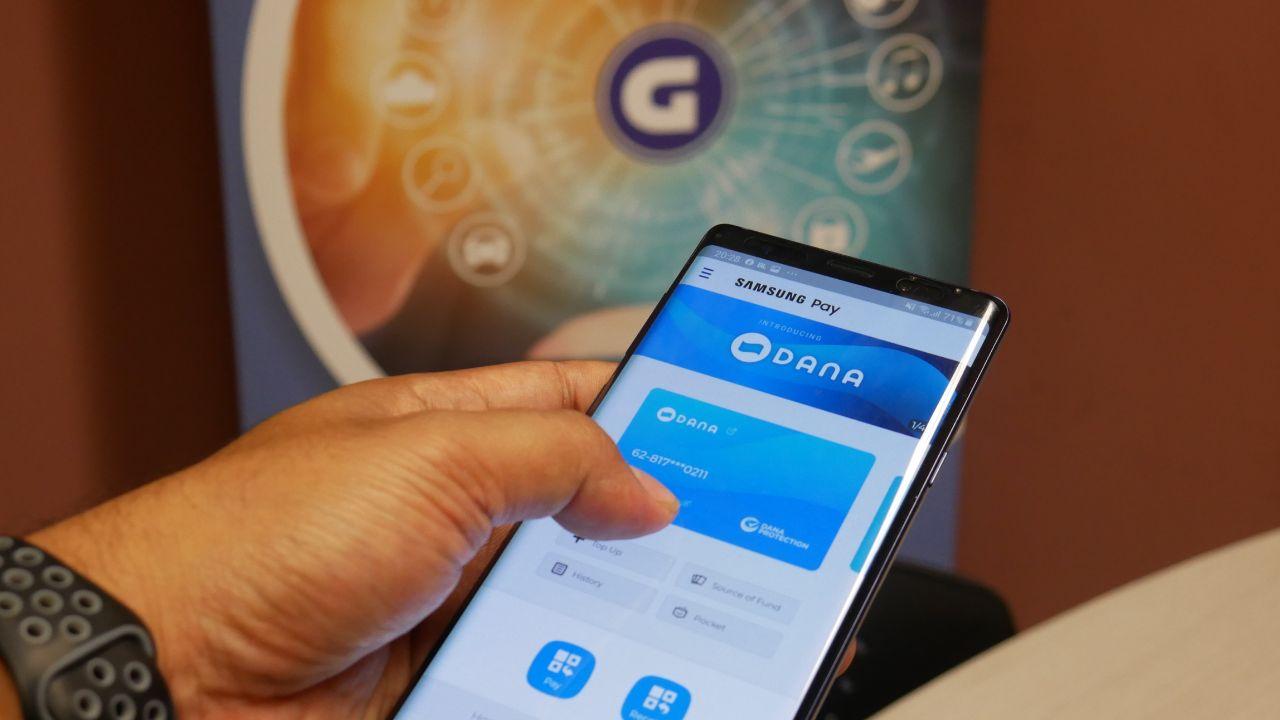 aplikasi dompet digital dana masih dalam pengkajian untuk membuatn fitur pembayaran SPP | Gizmologi