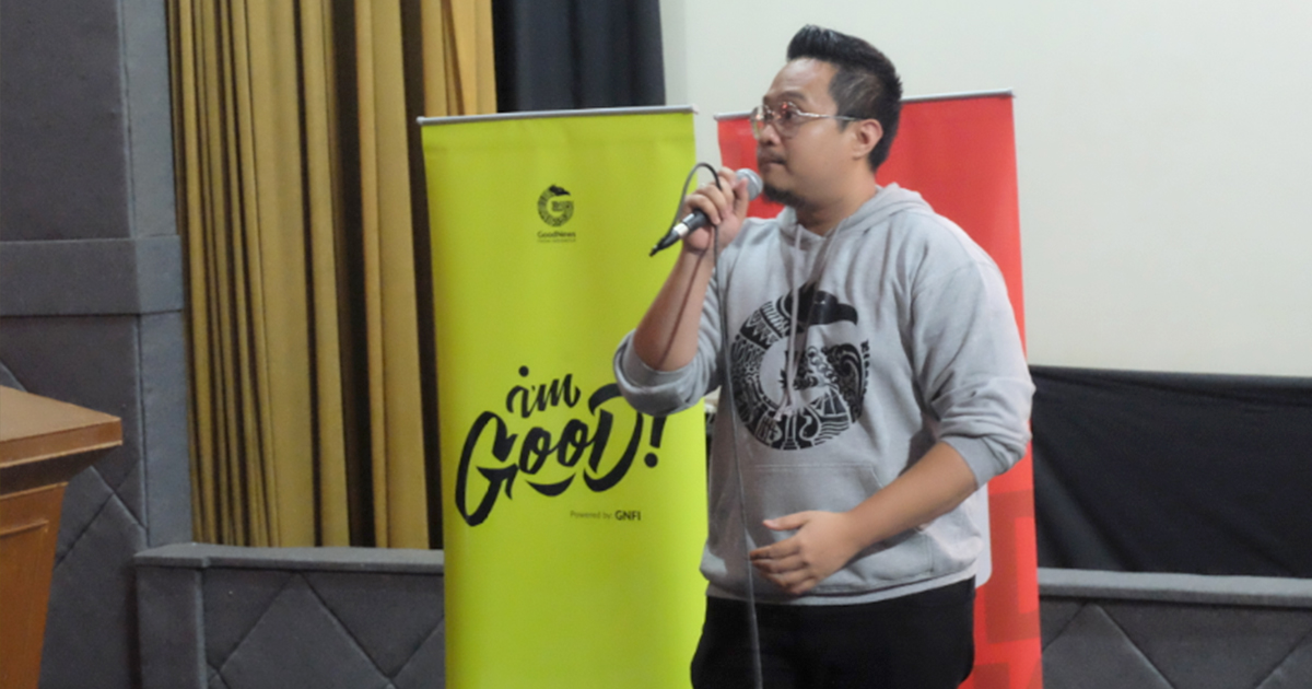 Taufan Teguh Akbari (Founder Rumah Millennials) saat sedang memaparkan materi di acara GoodTalk_JKT | Foto: Aditya Jaya/GNFI