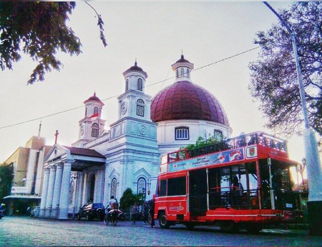 Gereja Blenduk dan Semarjawi