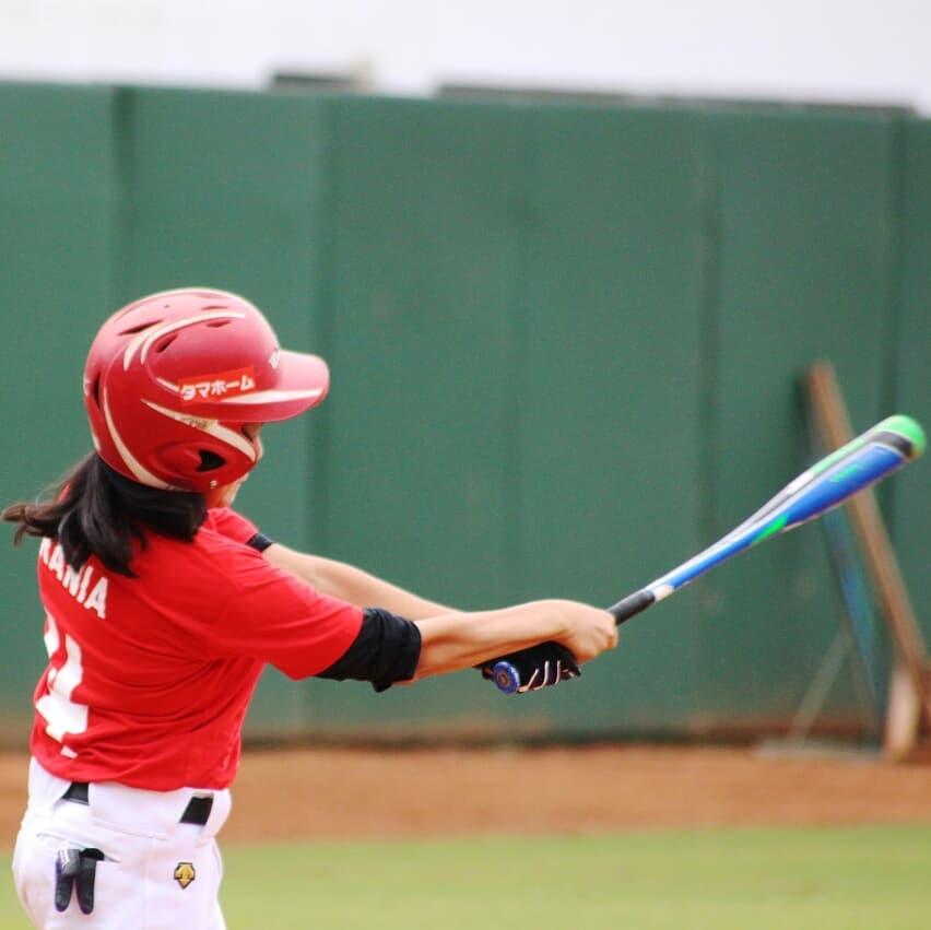 Pemain baseball putri tengah berlatih. Doc: Artis Setiadi