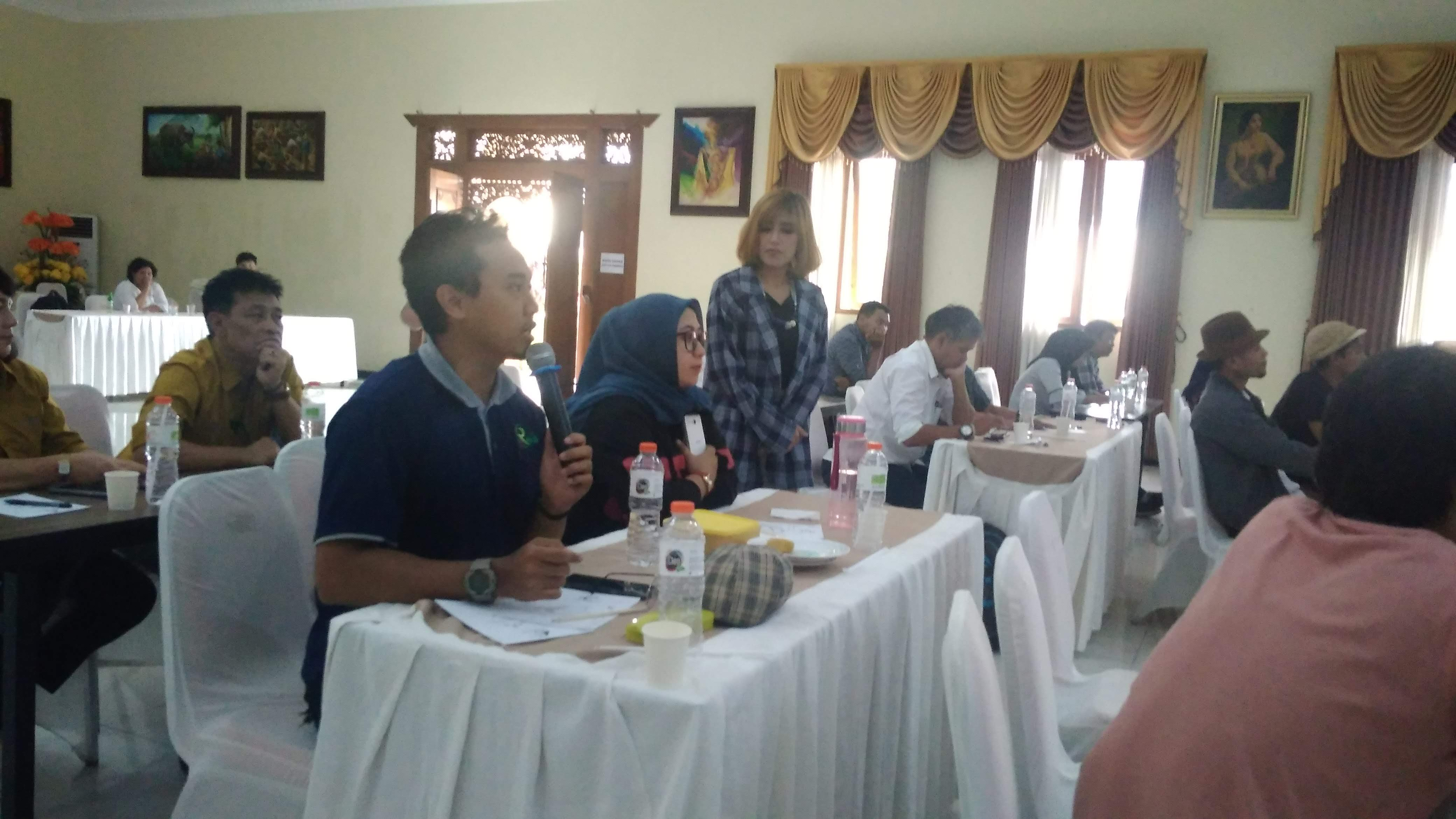 Sharing session dengan para peserta