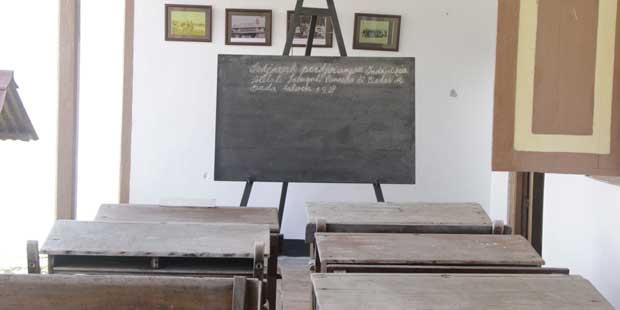 Rumah Pengasingan yang Menjadi Tempat Mengajar Bung Hatta (Foto oleh I Made Asdhiana)
