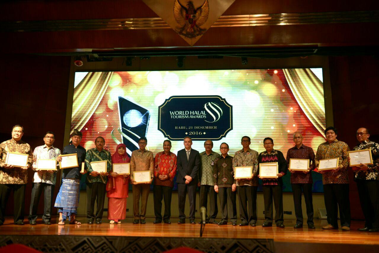 Aceh Memenangkan Penghargaan di World Halal Tourism 2016
