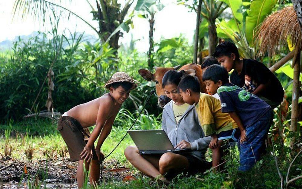 Internet Masuk Desa