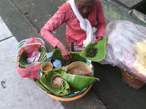 Penjual Semanggi Suroboyo
