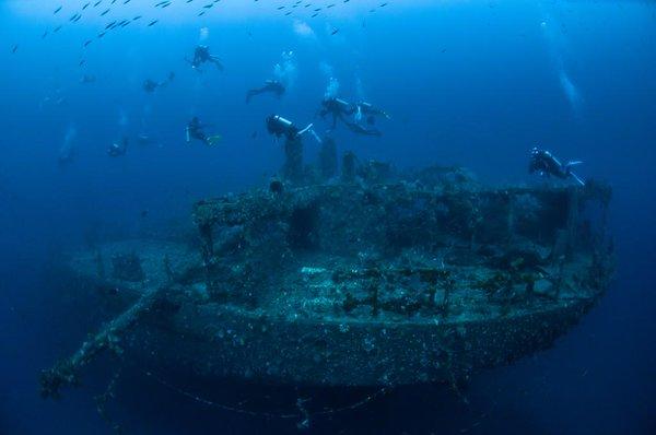 Kapal Sophie Rickmers, Sumber:  Pulau Weh Resort & Pipat Kosumlaksamee