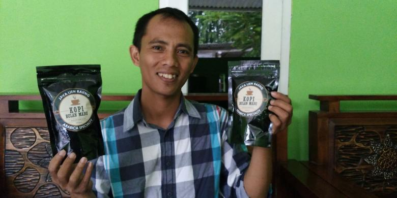 Muhlis, Pemilik UMKM Kilang Mulia (travel.kompas.com)