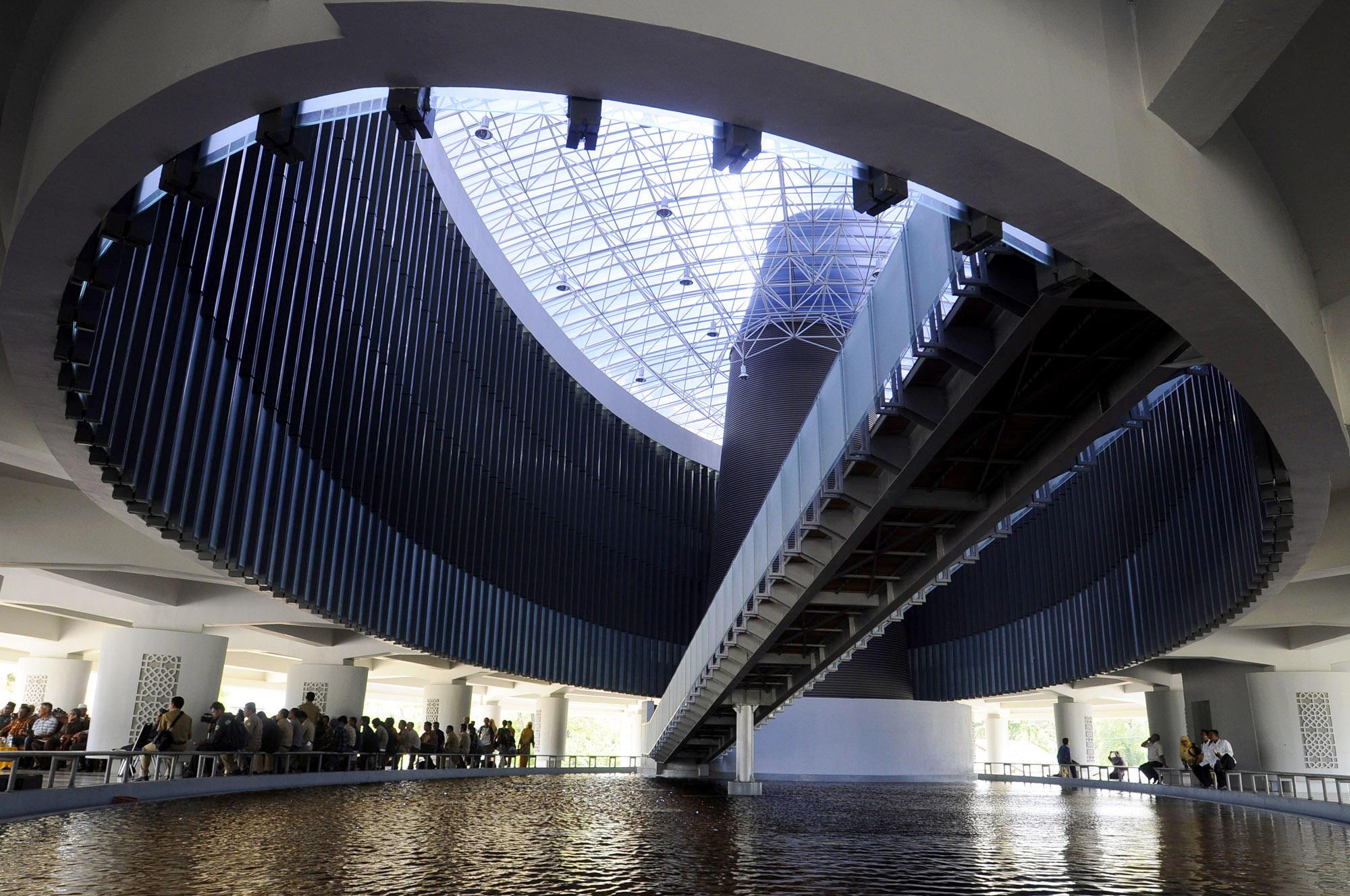 Interior Museum Tsunami (http://iplusaceh.uui.ac.id/)