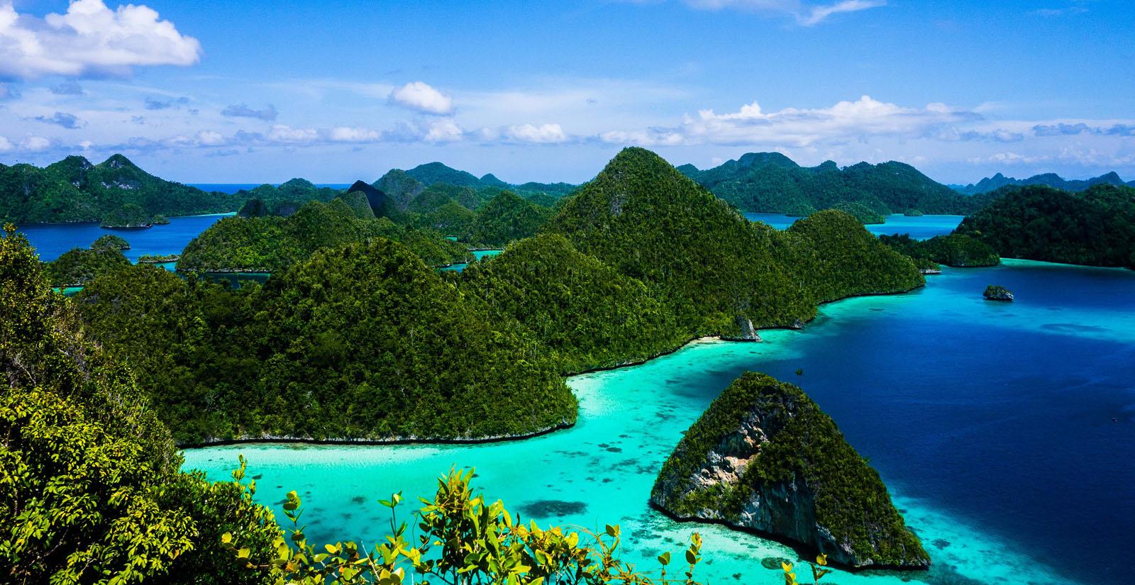 Kepulauan Raja Ampat (raja-ampat.biz)