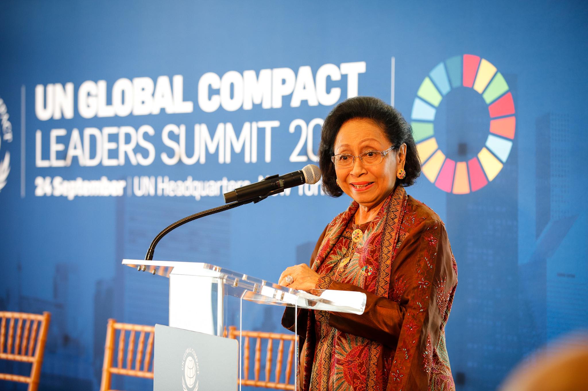 Martha Tilaar saat menerima penghargaan di Markas Besar PBB I Foto: Martha Tilaar Group