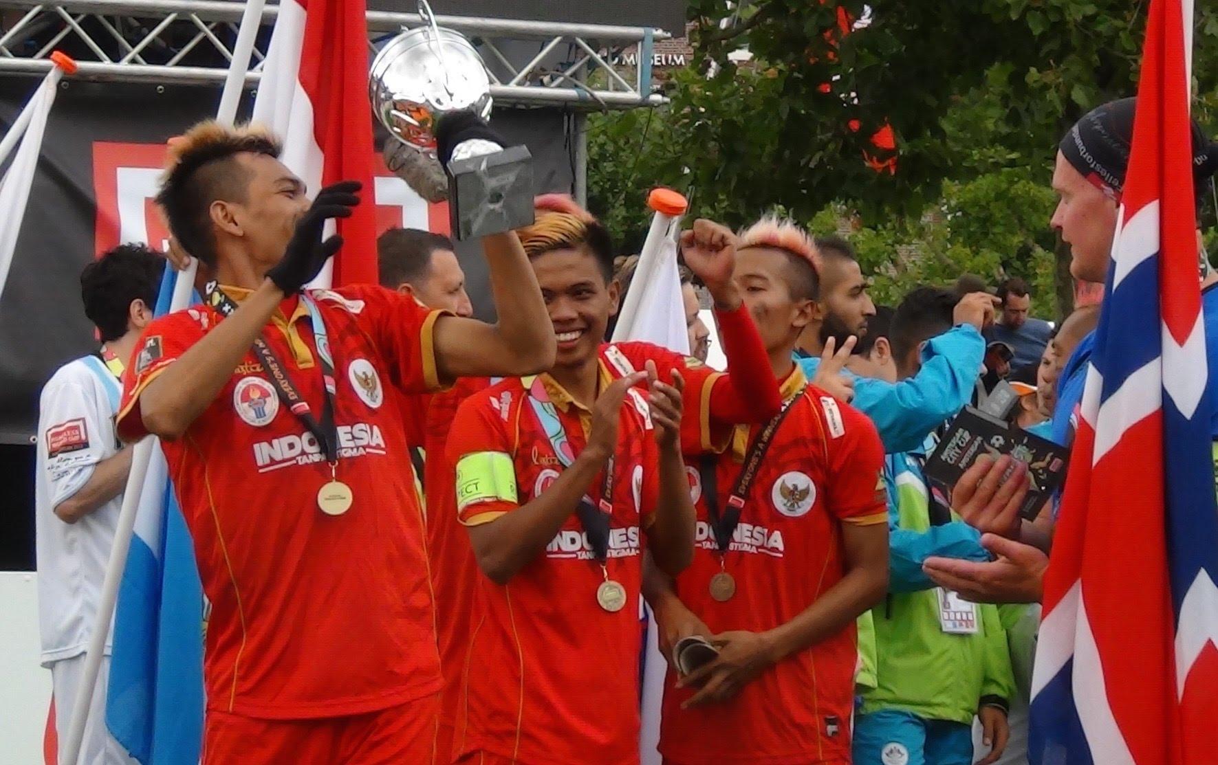 Tim Indonesia yang memenangi Amsterdam Cup-HWC tahun lalu (Foto: Frank Buis / Youtube.com)