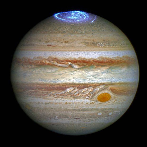 Foto Aurora di kutub utara Jupiter | NASA.gov