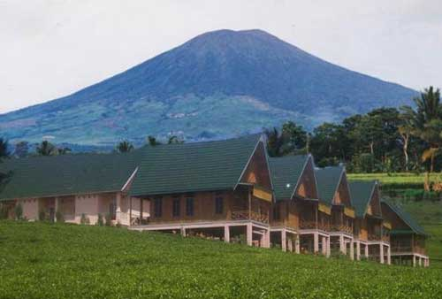 Gunung Dempo (via alamendah.wordpress.com)