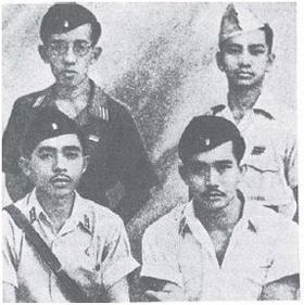 I Gusti Ngurah Rai dan beberapa komandan pasukan Ciung Wanara | Beritabali.com