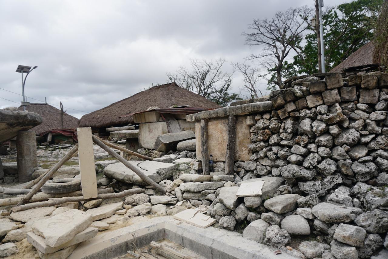 Kampung Tarung menjadi salah satu kampung yang masih menjaga kebudayaan marapu