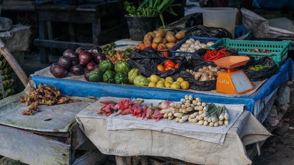 Ragam sayuran di Pasar Jepang, Telukdalam