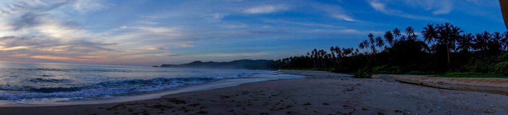 Langit Biru di Pantai Moale. © Fitria Dwi S