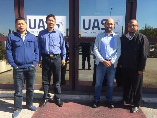 Kepala Program N-219 Lapan, Agus Aribowo bersama DKUPPU, Kementrian Perhubungan saat melakukan Qualification Test  di UAS (Umbria Aerospace System) Perugia - Italy.