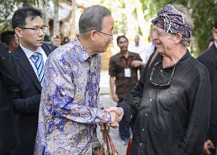 Ban Ki-Moon ketika mengunjungi GSB | SUmber: greenschool.org