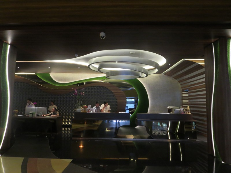 Petugas Hotel Kila Infinity
